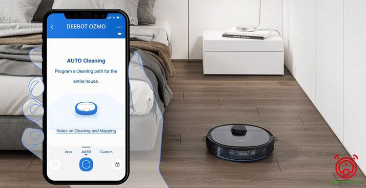 Người dùng có thể kiểm soát hoạt động của robot thông qua ứng dụng điện thoại