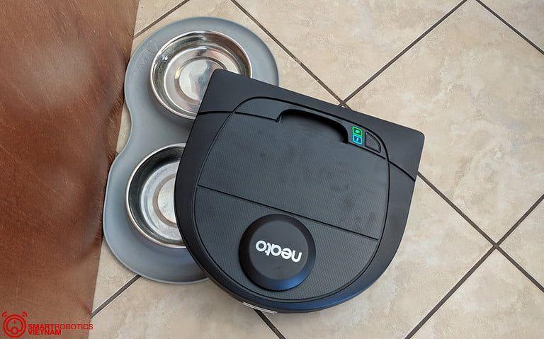 Robot hut bui lau nha Neato Botvac D4