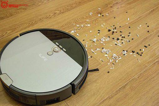 robot lau nhà hút bụi ILife