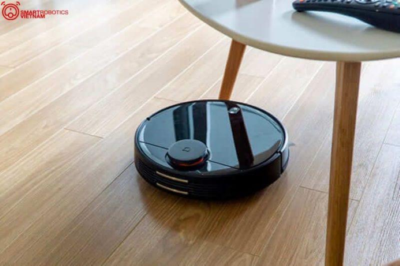Robot đầu tiên tích hợp lau nhà và hút bụi