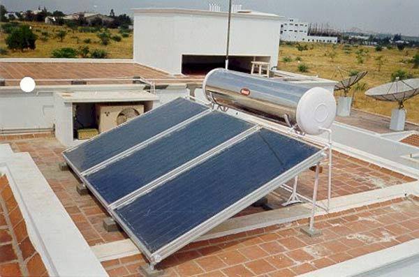Máy nước nóng năng lượng mặt trời được nhiều người dùng ưa chuộng